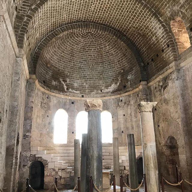 Внутренняя часть церкви Николая