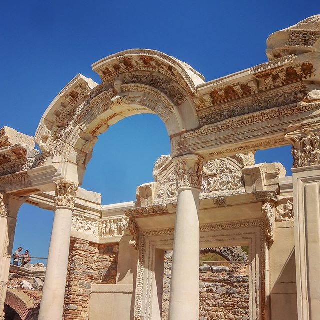 руины античного эфеса 1